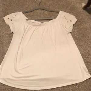 White top! Can be worn on the shoulder or off!